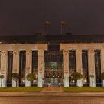 Budynek sądu najwyższego w Warszawie